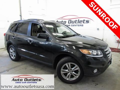 Pre-Owned 2012 Hyundai Santa Fe Limited AWD